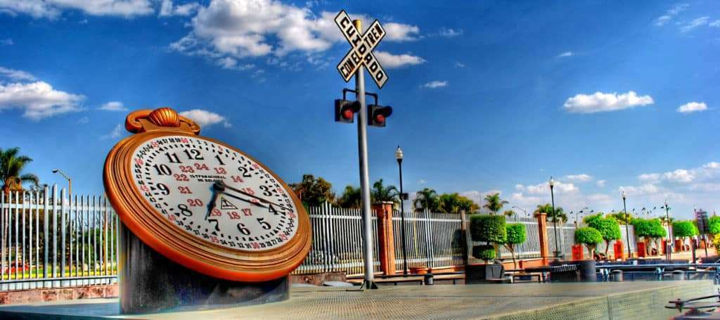 Plaza De Las 3 Centurias En Ciudad De Aguascalientes